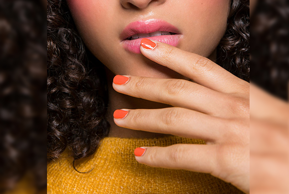 Dip Powder Nails–The New Manicure Trend That Lasts SO Long ...